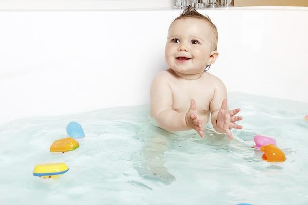 4-7个月宝宝玩具推荐  四个月大的宝宝通常 已会将自己感兴趣的东西抓